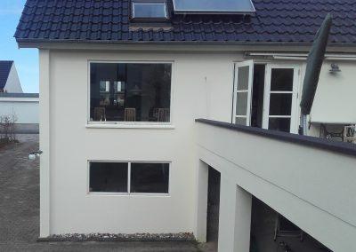 Før - gamle vinduer der skal udskiftes