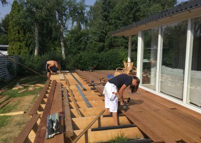 Ny terrasse opbygges